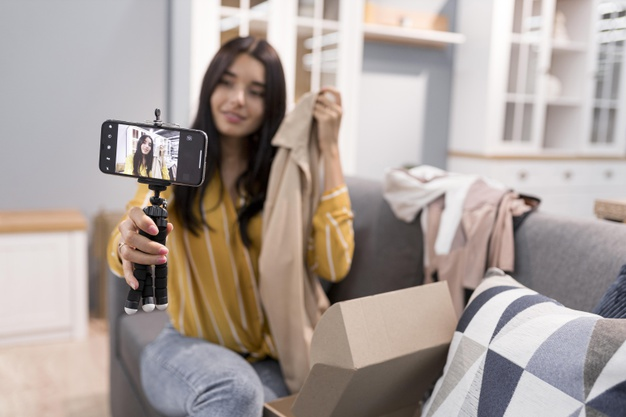 vlogger casa ropa unboxing smartphone 23 2148738213